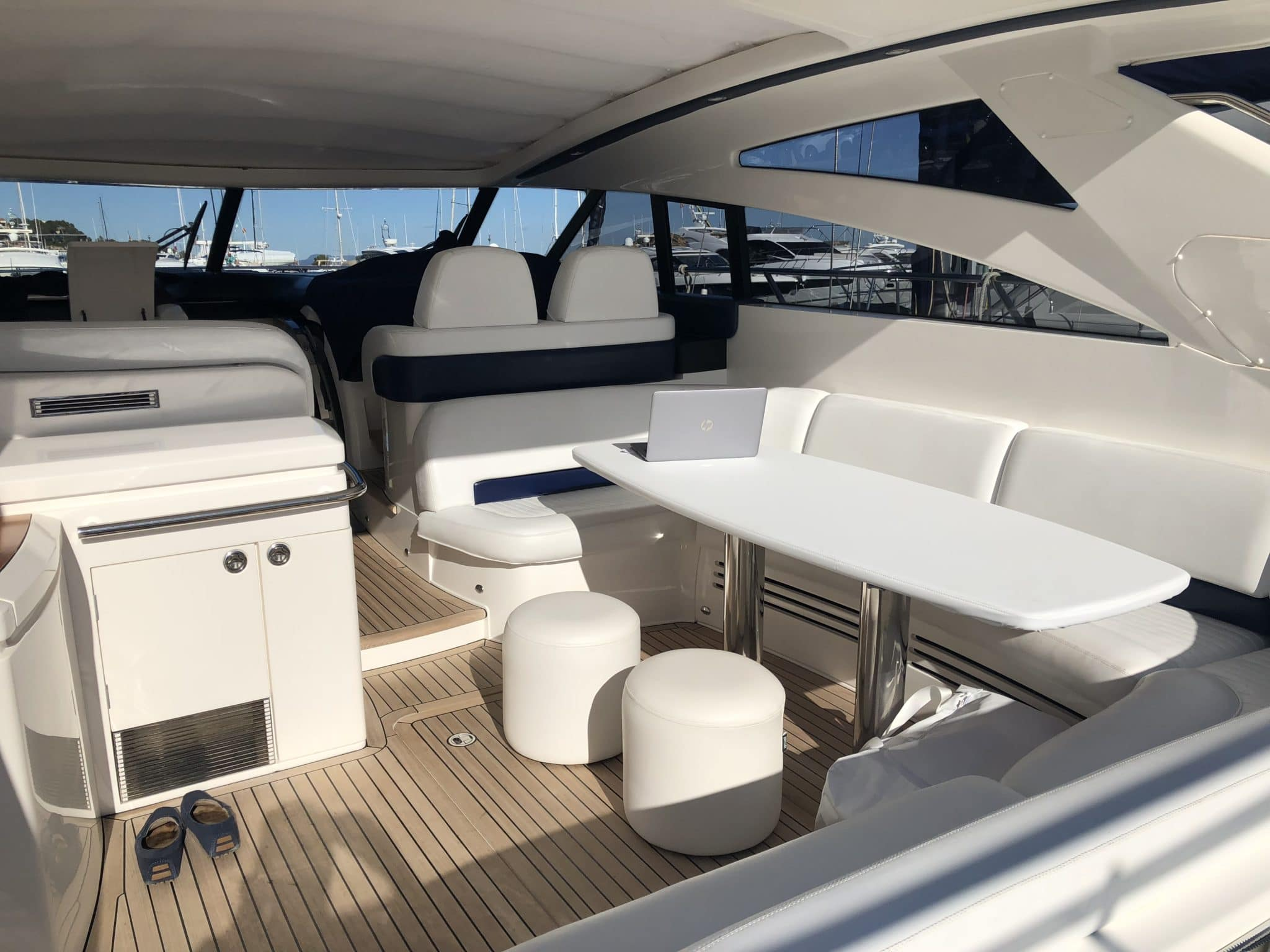 motoryacht_PrincessV58-mallorca-5-2048×1536