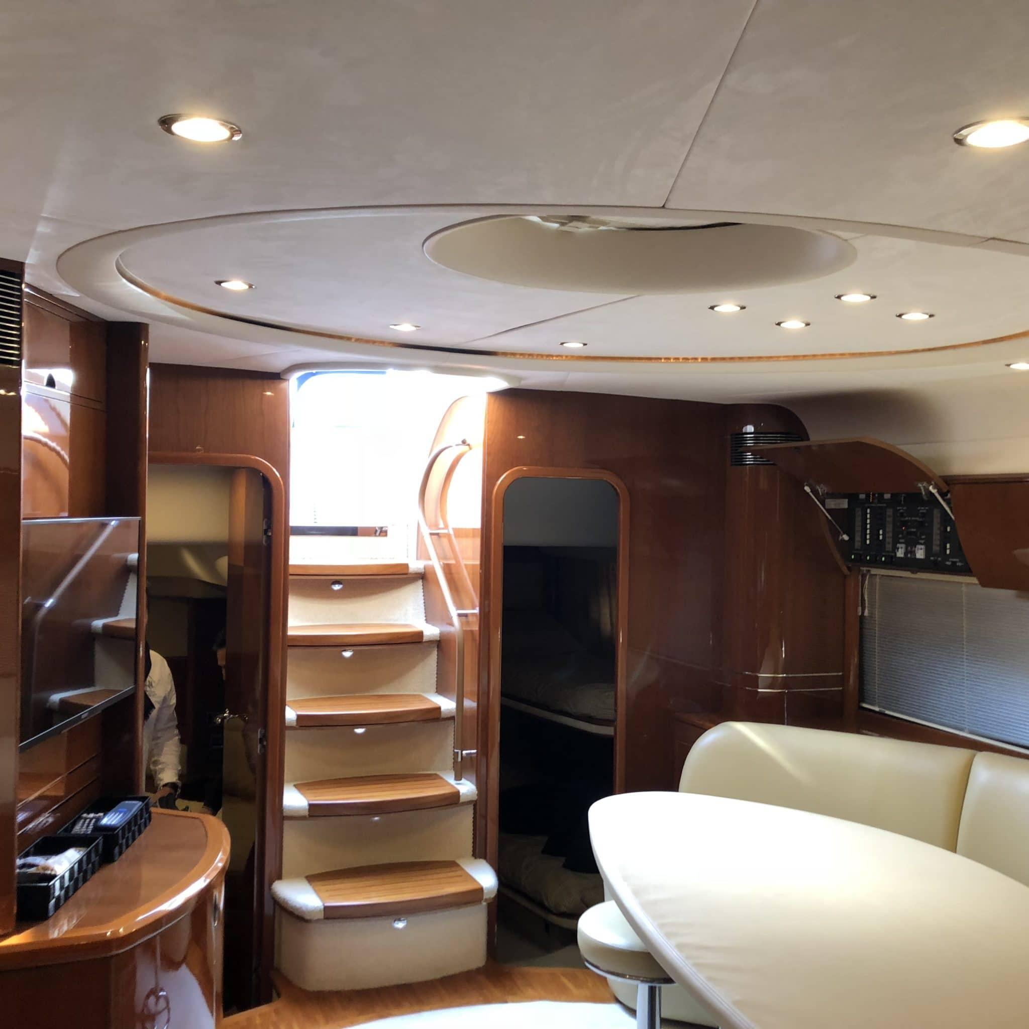 motoryacht_PrincessV58_mallorca_stairs-2048×2048
