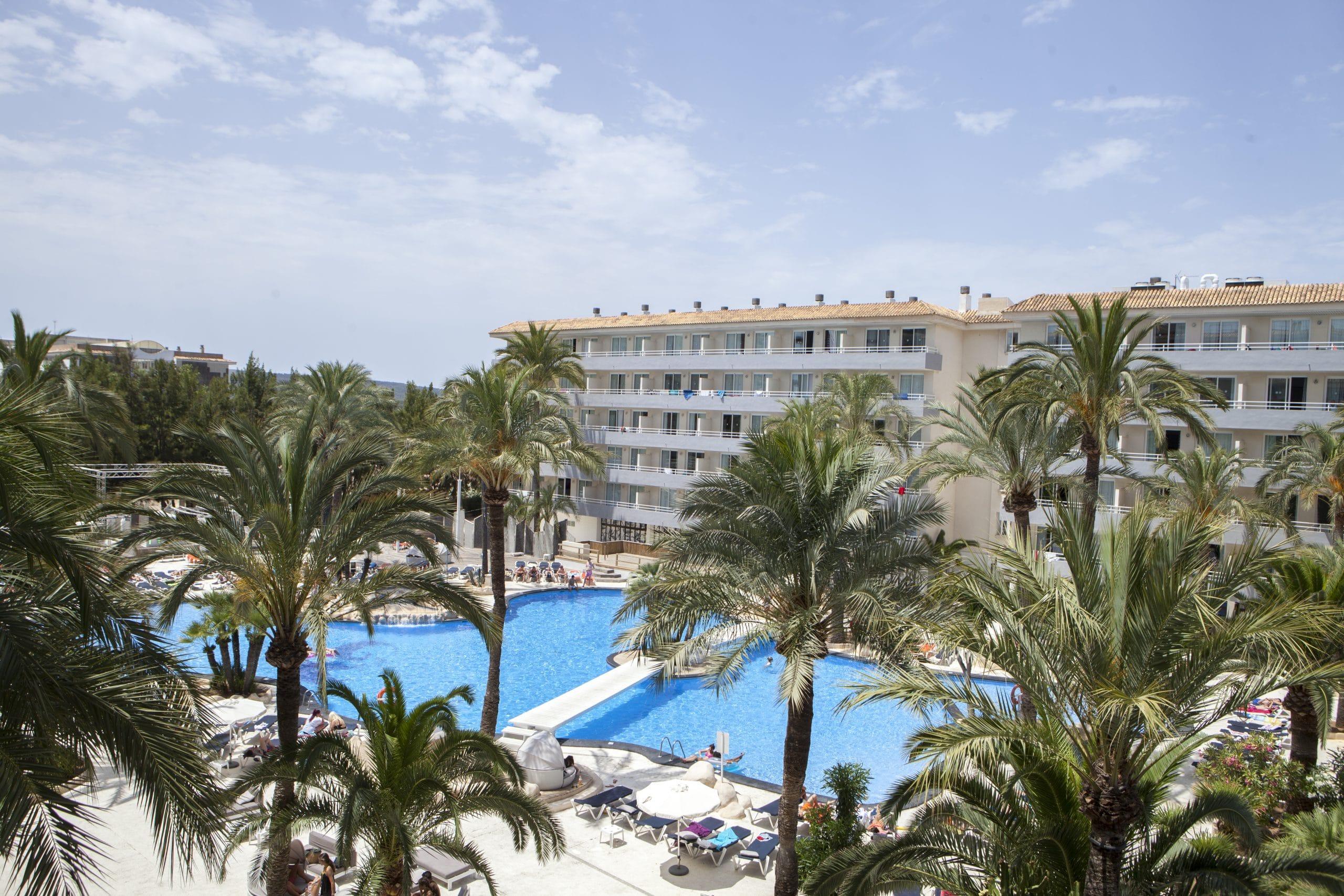 Club-B-Hotel-Magaluf1