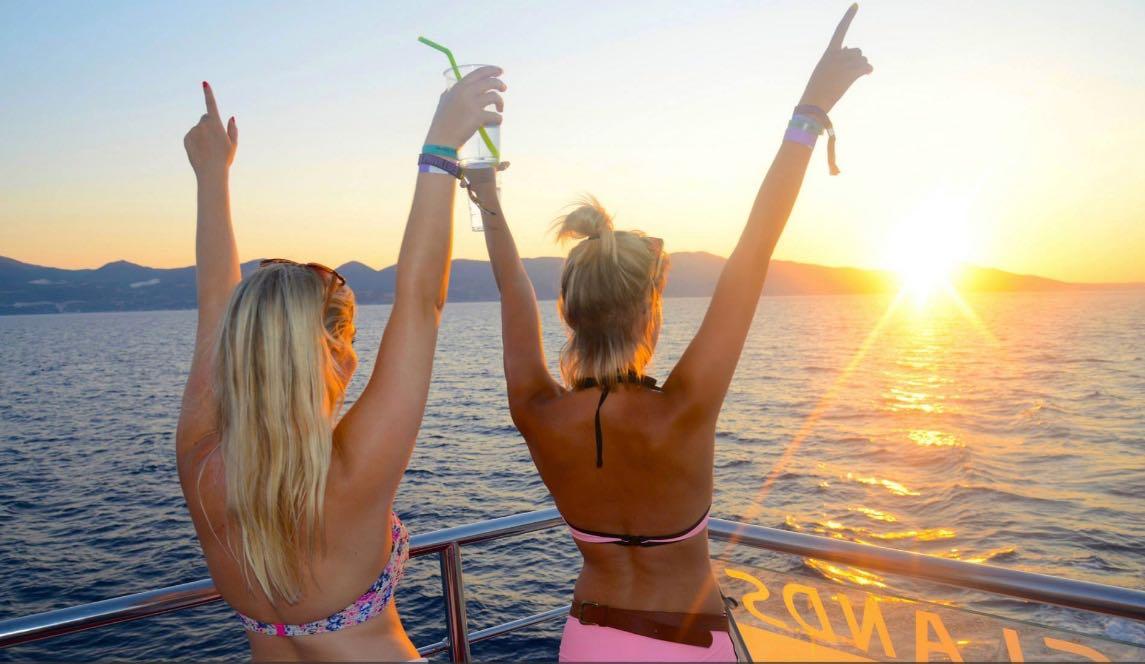 vvip-zante-boat-party2