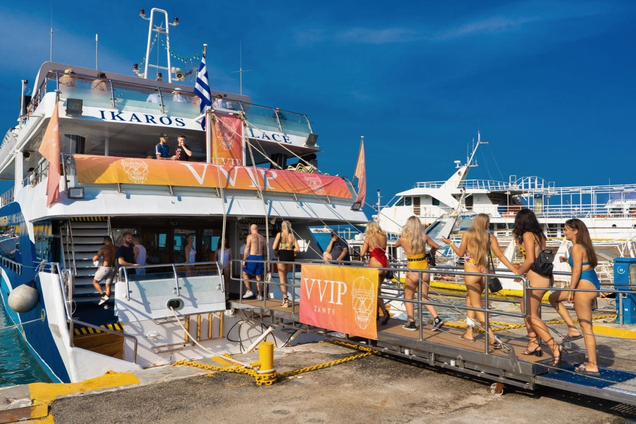 vvip-zante-boat-party5