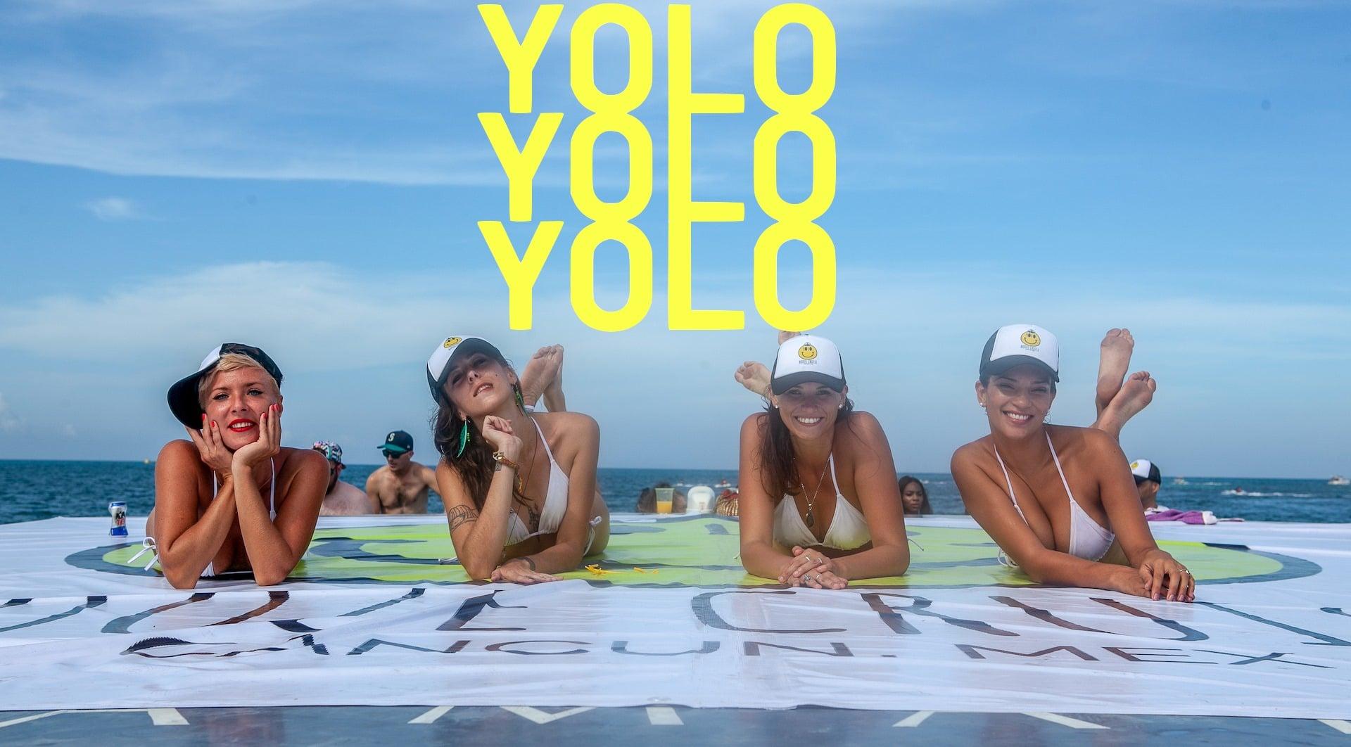 yolo-booze-cruise-cancun2