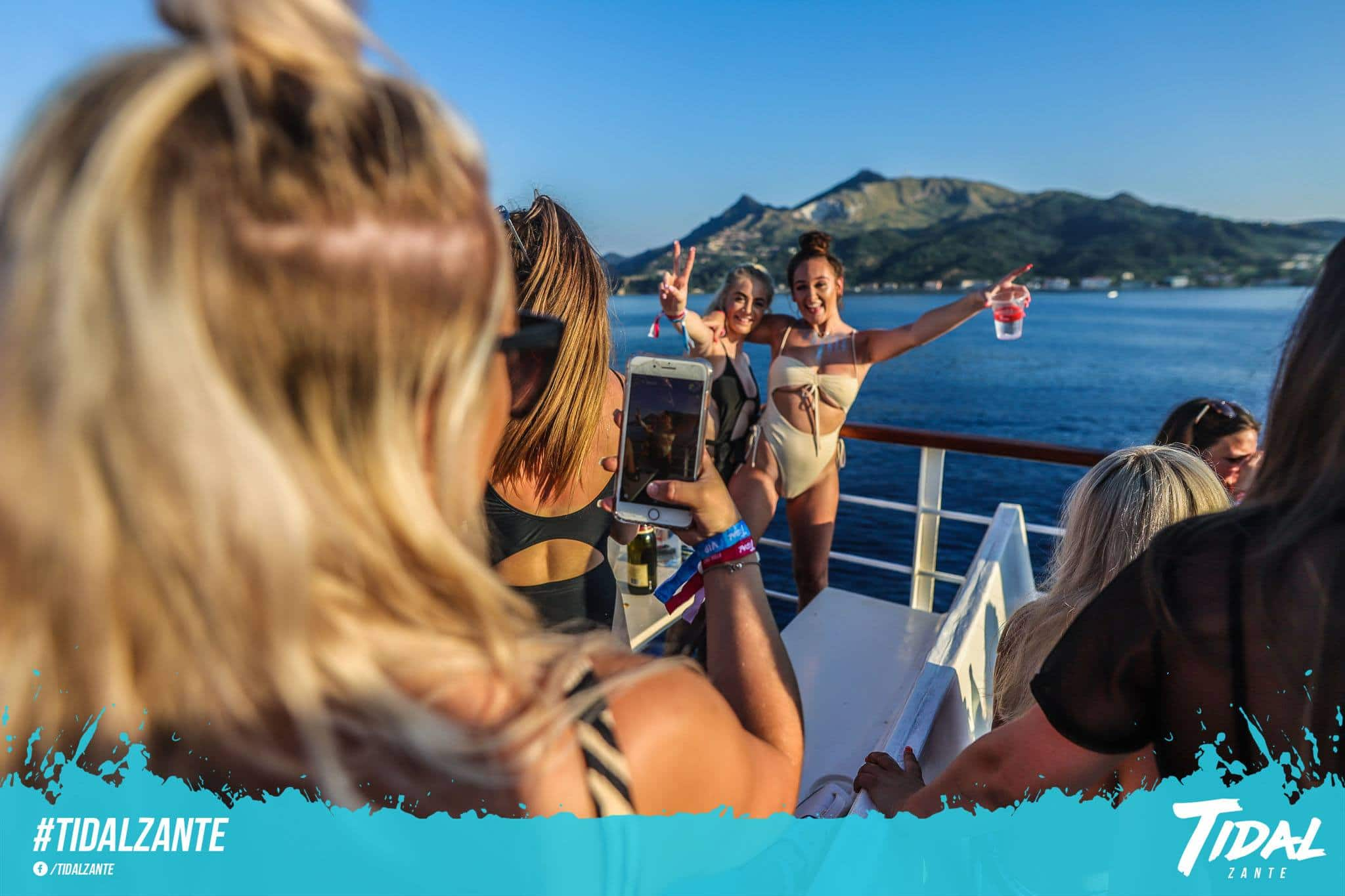tidal-boat-party-zante2