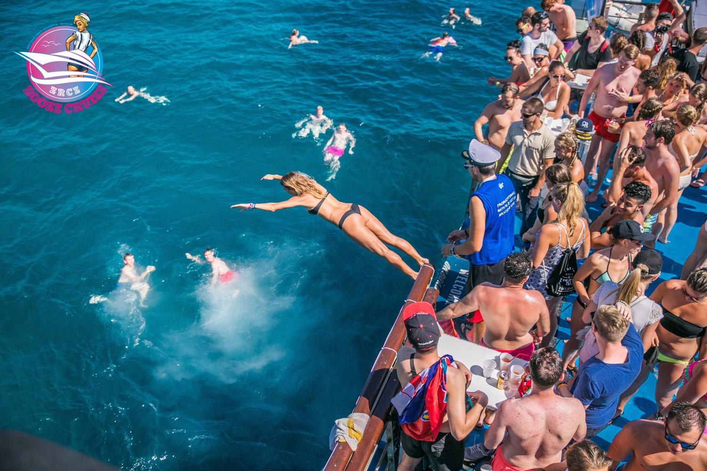 zrce-booze-cruise13