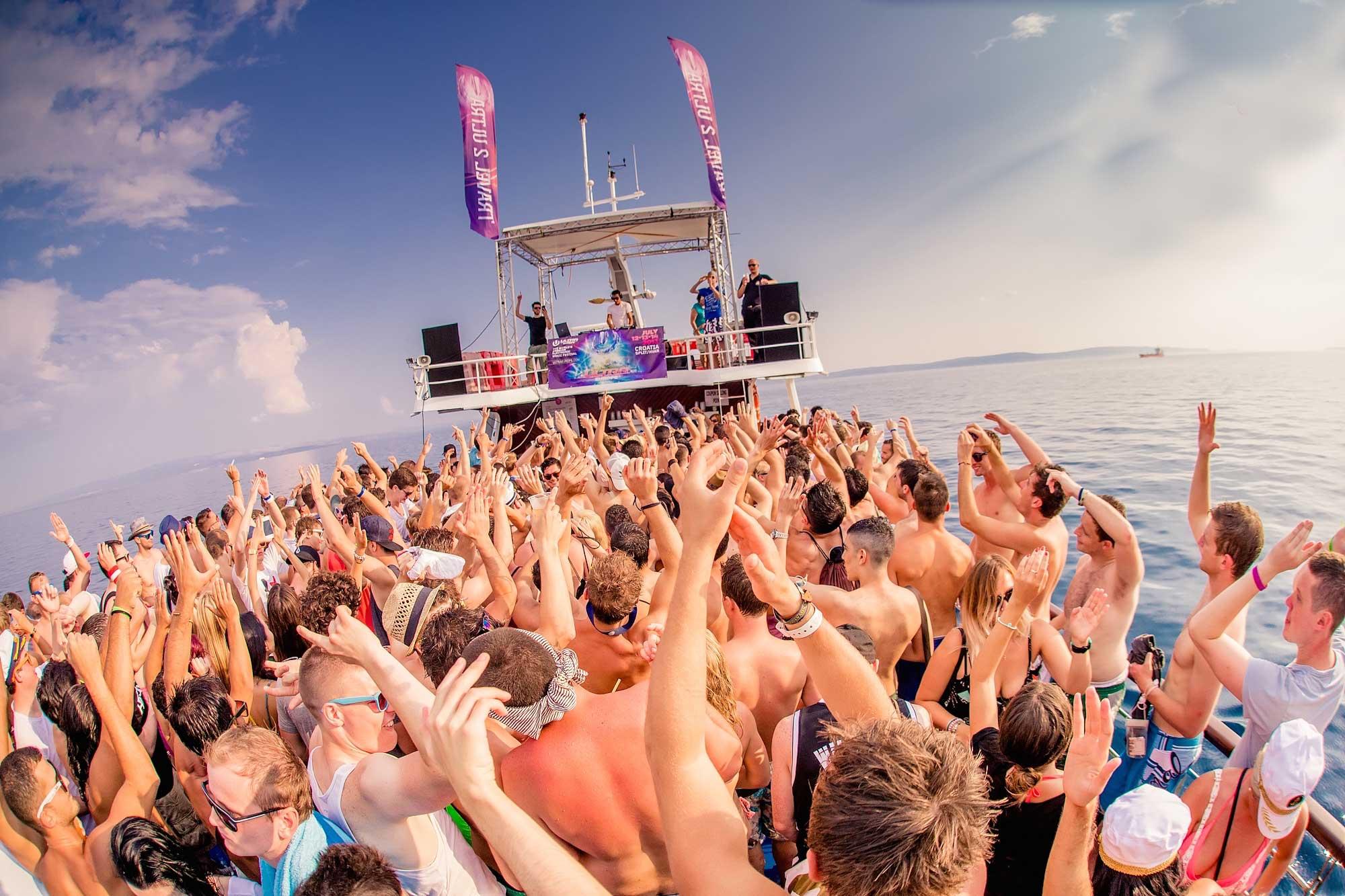 zrce-booze-cruise18