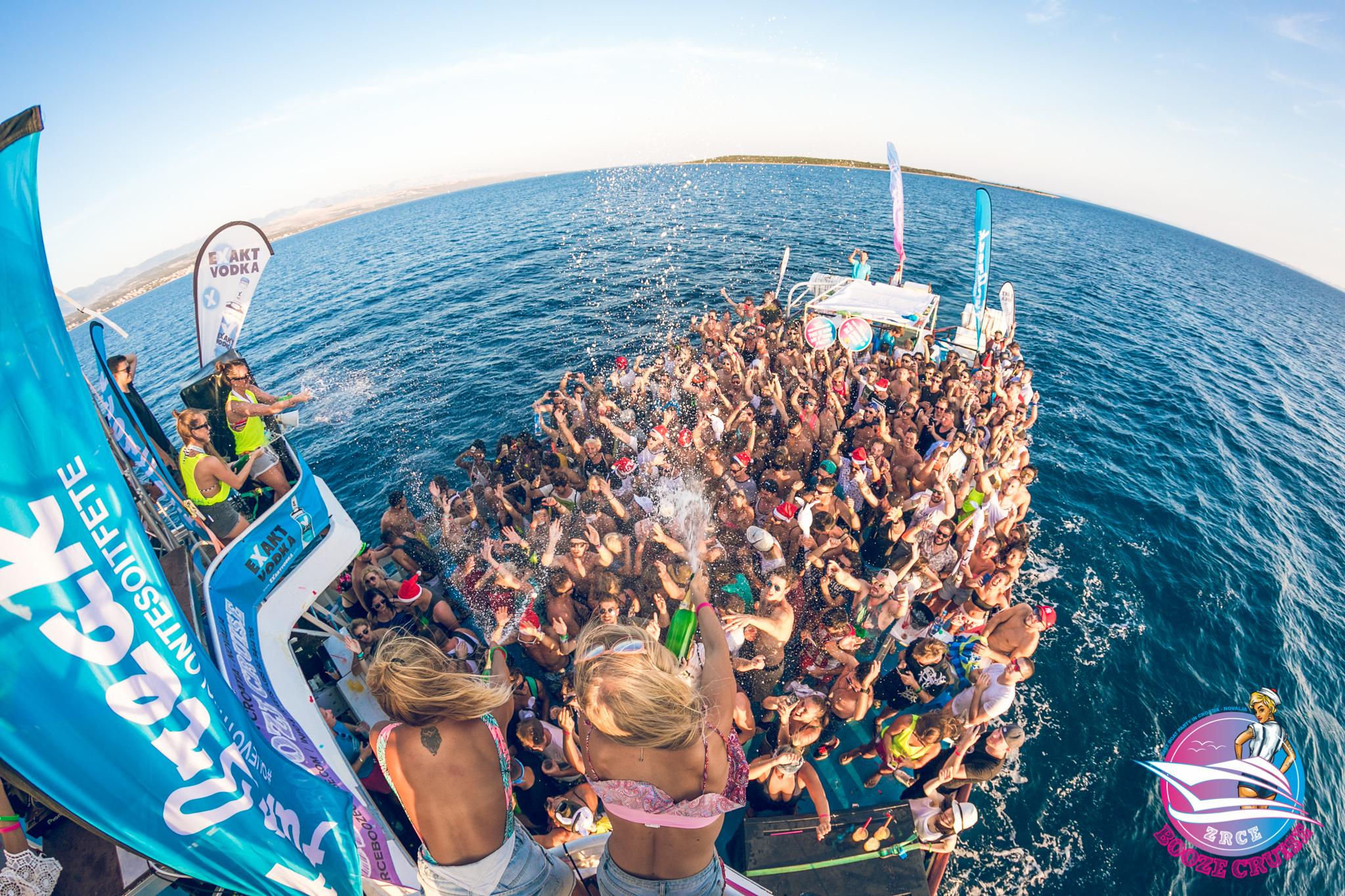 zrce-booze-cruise5